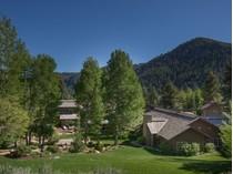 独户住宅 for sales at Exclusive Sun Valley Retreat 508 N Canyon Run Blvd  Warm Springs, Ketchum, 爱达荷州 83340 美国