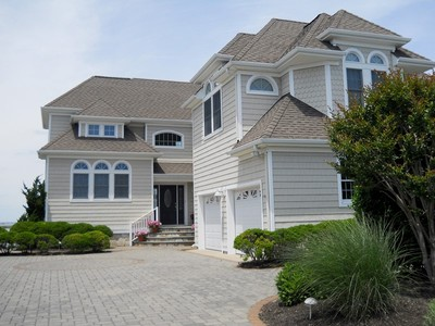 Maison unifamiliale for sales at HYDRANGEA WALK 28 Hideaway Bay Long Beach Township, New Jersey 08008 États-Unis