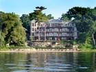 Condominio for sales at Waterfront Luxury Condominium 20 White Oaks Rd., Suite 102 Barrie, Ontario L4N4C1 Canada