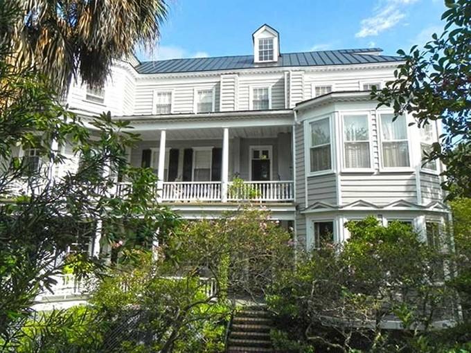Maison unifamiliale for sales at Harth-Macbeth House 9 Legare Street Charleston, Caroline Du Sud 29401 États-Unis