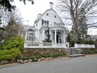 Einfamilienhaus for  sales at Elegant Colonial Revival 9 Lawrence Road Newton, Massachusetts 02467 Vereinigte Staaten