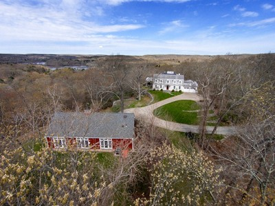 Einfamilienhaus for sales at Renovated, Stunning Colonial 44-40 Ferry Road Lyme, Connecticut 06371 Vereinigte Staaten
