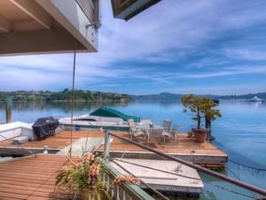 Autre Bien Résidentiel for Ventes at Water Front Afloat 68 Issaquah Dock  Sausalito, Californie 94965 États-Unis