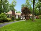 Vivienda unifamiliar for  sales at One Floor Living at its Best 37 Partridge Run Montvale, Nueva Jersey 07645 Estados Unidos