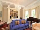Condomínio for  sales at Magnificent Two Bedroom Duplex 29 Fairfield Street Unit 1A Boston, Massachusetts 02116 Estados Unidos