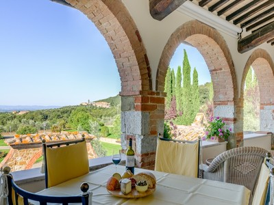 Maison unifamiliale for sales at Elegant Chianti Leopoldina with view of Siena Castelnuovo Berardenga  Siena, Siena 53019 Italie