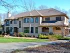 Maison unifamiliale for  sales at Mediterranean Style Dream Home 42 Oak Ridge Dr Newtown, Connecticut 06470 États-Unis