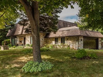 Single Family Home for sales at Saint-Lambert 740 Rue Smiley Saint-Lambert, Quebec J4P3P1 Canada