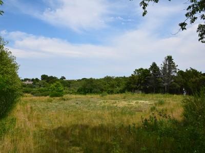 Đất đai for sales at Coveted Cliff! 23 Pilgrim Road 25 Pilgrim Road Nantucket, Massachusetts 02554 Hoa Kỳ