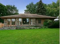 Casa para uma família for sales at 5017 Richmond Drive    Edina, Minnesota 55436 Estados Unidos