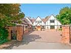 Villa for  sales at Bards Wood Stratford Upon Avon, Inghilterra Regno Unito
