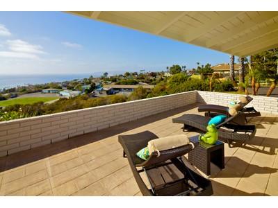 Moradia for sales at 916 El Mac Place  San Diego, Califórnia 92106 Estados Unidos