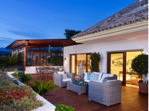 Apartamento for sales at Penthouse in Golden Mile Lomas del Rey Marbella, Costa Del Sol 29600 Espanha