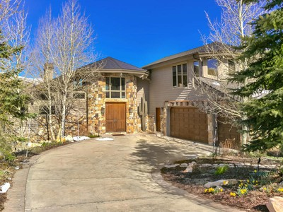 Maison unifamiliale for sales at Exceptional Views from American Flag's Upper Tier 402 Centennial Cir Park City, Utah 84060 États-Unis