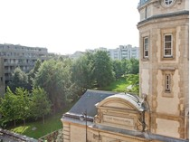 Apartamento for sales at Apartment - Convention    Paris, Paris 75015 Francia