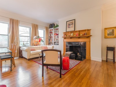 Nhà chung cư for sales at Pristine Back Bay One Bedroom With Parking 280 Commonwealth Avenue Unit 308 Boston, Massachusetts 02116 Hoa Kỳ