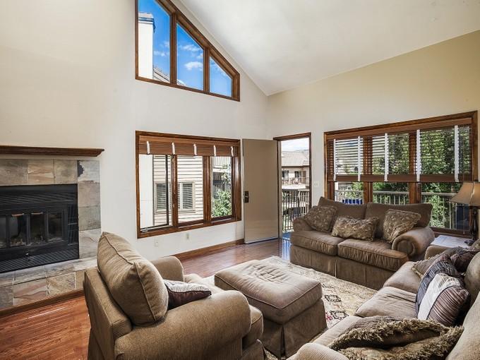 Condominium for sales at River Oaks #C403 38596 Highway 6 Avon, Colorado 81620 United States