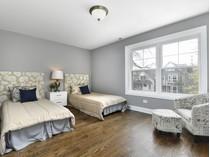 獨棟家庭住宅 for sales at Perfect Lincoln Square Rehab 4608 N Claremont Avenue  Lincoln Square, Chicago, 伊利諾斯州 60625 美國