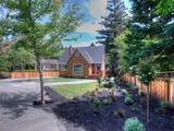 Casa Unifamiliar for sales at Rare Opportunity in Ross 84 Glenwood Avenue Ross, California 94957 Estados Unidos