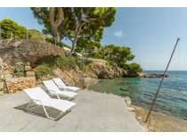Moradia for sales at Villa with private beach in Costa de los Pinos  Costa De Los Pinos, Palma De Maiorca 07559 Espanha