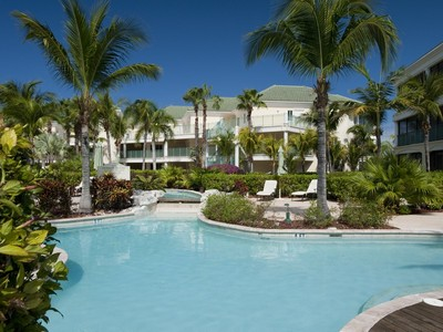 Condomínio for sales at The Sands at Grace Bay - Suite 5203 Oceanfront Grace Bay, Providenciales TC Turks E Caicos