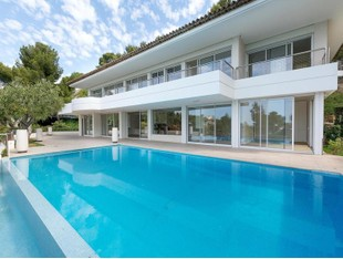 Single Family Home for sales at EXCLUSIVITÉ - ROUCAS BLANC Marseille, Provence-Alpes-Cote D'Azur France