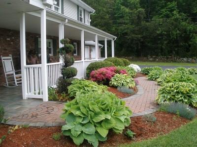 獨棟家庭住宅 for sales at Leetes Island Rd 156 Leetes Island Rd Branford, 康涅狄格州 06405 美國