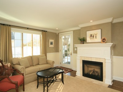 Maison unifamiliale for sales at Gracious Victorian Townhouse 31A Catoonah Street Ridgefield, Connecticut 06877 United States