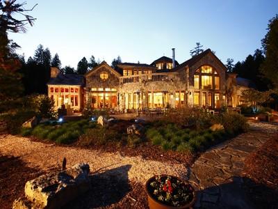 Maison unifamiliale for sales at Marshall's Point Retreat 9531 Marshall's Point Bay Rd Sister Bay, Wisconsin 54234 États-Unis