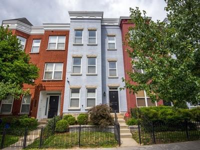 Tek Ailelik Ev for sales at U Street Corridor 2102 12th St NW Washington, Columbia Bölgesi 20009 Amerika Birleşik Devletleri