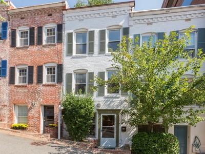 Adosado for sales at Georgetown 1023 Cecil Place Nw  Washington, Distrito De Columbia 20007 Estados Unidos