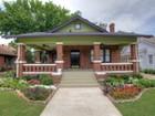 Casa para uma família for sales at 2309 Mistletoe Avenue  Fort Worth, Texas 76110 Estados Unidos