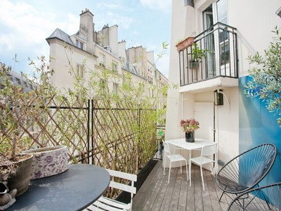 Appartement for sales at Prestigious Apartment with terrace - St Germain des Pres  Paris, Paris 75006 France