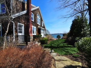 Additional photo for property listing at 20 Wilbur Hazard Road  North Kingstown, Rhode Island 02874 United States