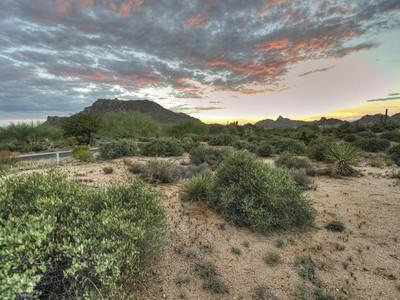 Земля for sales at 2.42 Acre Estate Lot in Collina e Vista 11656 E Diamond Cholla Dr #2 Scottsdale, Аризона 85255 Соединенные Штаты