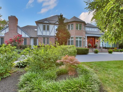 Tek Ailelik Ev for sales at 8 Country Meadow Drive  Colts Neck, New Jersey 07722 Amerika Birleşik Devletleri