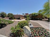 Casa Unifamiliar for sales at Refined Arizona Home In Doubletree Canyon Bordering The Phoenix Mtn Preserve 4527 E Horseshoe Rd   Phoenix, Arizona 85028 Estados Unidos