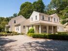 Casa para uma família for  open-houses at Stunning Colonial 12 River Road Drive Essex, Connecticut 06426 Estados Unidos