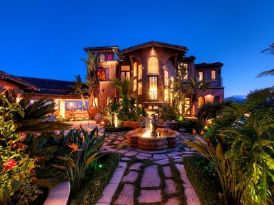 Maison unifamiliale for sales at Romantic Resort-like Estate 10 Saint Bernard Lane  Tiburon, Californie 94920 États-Unis