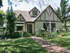 Maison unifamiliale for  sales at 1075 N. Indian Hill Blvd.  Claremont, Californie 91711 États-Unis