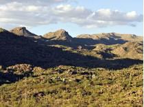 Einfamilienhaus for sales at Understated Private Elegant Adobe Ranch Retreat on 6+ Acres 13550 N Thornydale Rd   Tucson, Arizona 85742 Vereinigte Staaten