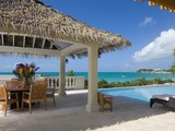Vivienda unifamiliar for sales at Luxury Villa on Sapodilla Bay Oceanfront Sapodilla Bay, Providenciales TCI Islas Turcas Y Caicos