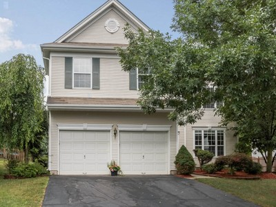 Single Family Home for sales at Exceptional Colonial 4 McCathern Court Bridgewater, New Jersey 08807 United States