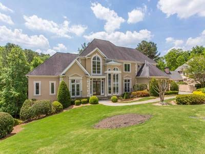 단독 가정 주택 for sales at Luxury, Quality, Location 460 Verdi Lane Sandy Springs, 조지아 30350 미국