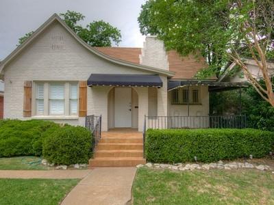 Moradia for sales at 1900 Ashland Avenue  Fort Worth, Texas 76107 Estados Unidos