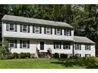 獨棟家庭住宅 for sales at On Westport Border 14 Arlen Road Weston, 康涅狄格州 06883 美國