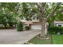 Maison de ville for sales at 5507 El Campo Ave    Fort Worth, Texas 76107 États-Unis