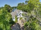 独户住宅 for sales at 305 Forest Oaks  St. Simons Island, 乔治亚州 31522 美国