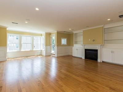 Nhà chung cư for sales at 49 L Street- Unit 3  Boston, Massachusetts 02127 Hoa Kỳ