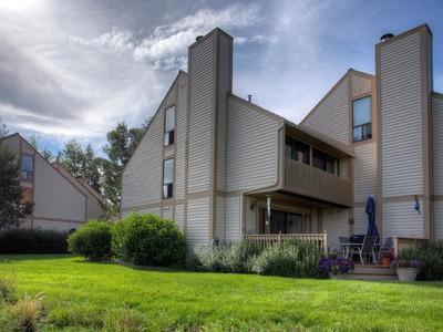 Casa Unifamiliar Adosada for sales at Phase 3 Racquet Club, On the Golf Course, on the Lake 73 Vantage Ct Park City, Utah 84060 Estados Unidos